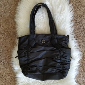 Lululemon Triumphant Tote  Bag in black, in great